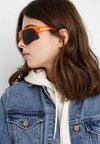 Puma - Sonnenbrille - orange/grey
