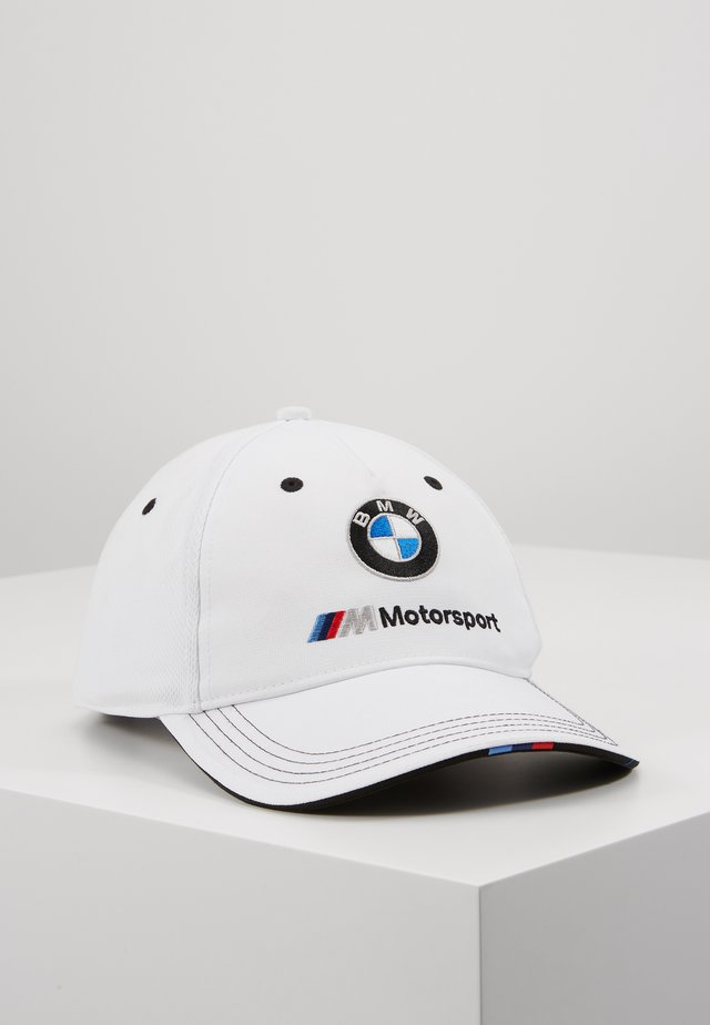 BMW  - Pet - white