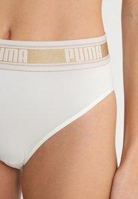 Puma - HIGH LEG BRIEF HANG - Slip - white/gold - 4