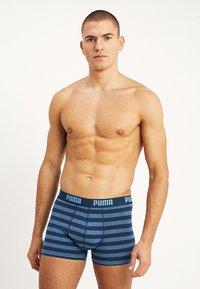 Puma - STRIPE BOXER 2 PACK - Shorty - denim - 1