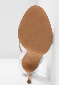 Pura Lopez - Sandaler med høye hæler - silver - 6