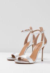Pura Lopez - Sandaler med høye hæler - silver - 4