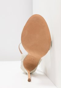 Pura Lopez - High heeled sandals - glitter platin - 6