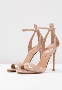 Pura Lopez - High heeled sandals - face - 4