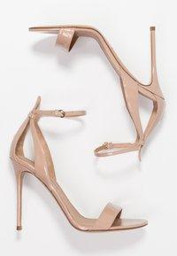 Pura Lopez - High heeled sandals - face - 3