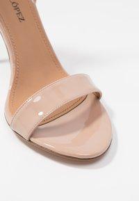 Pura Lopez - High heeled sandals - face - 2