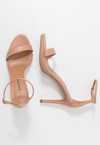 Pura Lopez - Sandály na vysokém podpatku - nude - 3