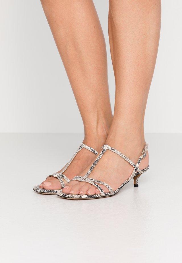 Sandals - roccia