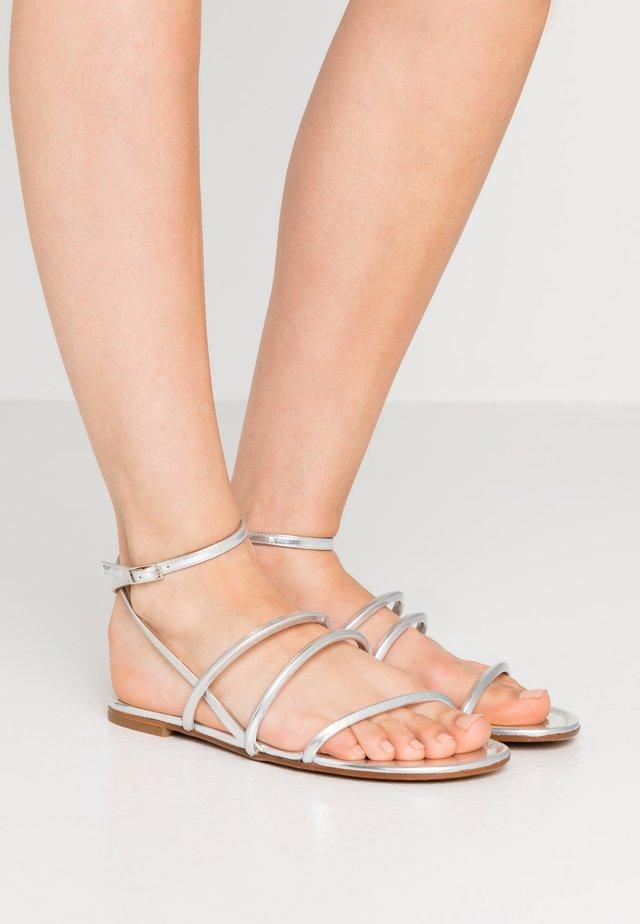 Sandały - mirror argento