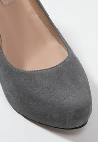 Pura Lopez - Klassiska pumps - grey - 5