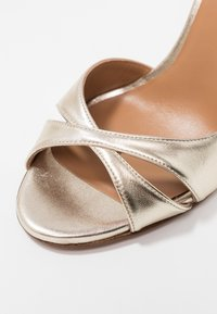 Pura Lopez - Peeptoe heels - platin - 2