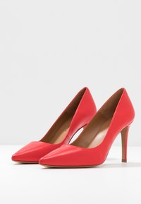 Pura Lopez - Zapatos altos - red