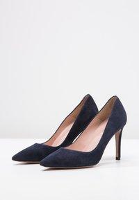 Pura Lopez - Zapatos altos - navy - 2