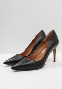 Pura Lopez - Zapatos altos - black - 3