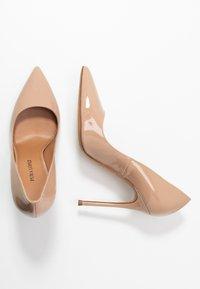 Pura Lopez - Zapatos altos - vernice face - 3
