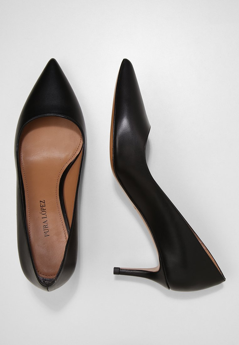 Pura Lopez Pumps - black