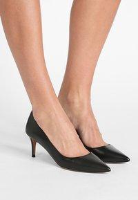Pura Lopez - Classic heels - black - 0