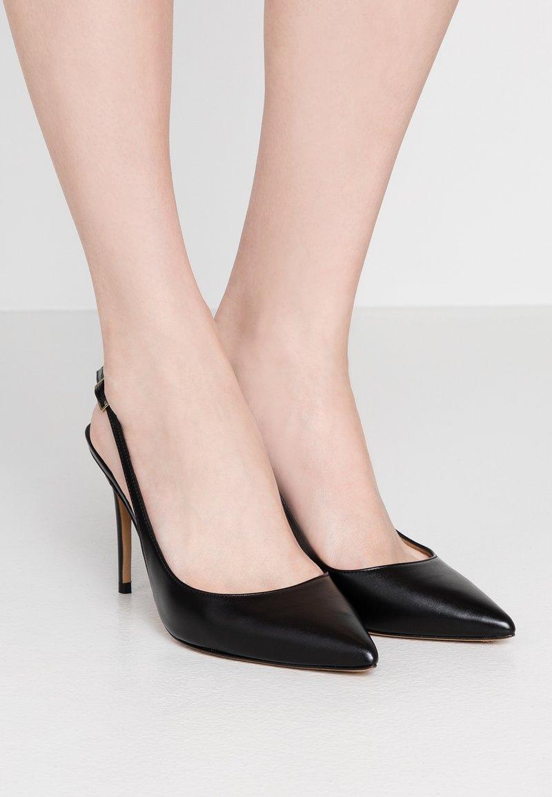 Pura Lopez - Lodičky na vysokém podpatku - black