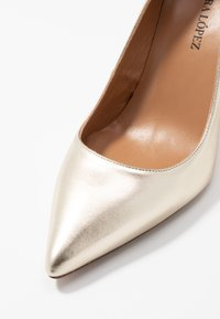 Pura Lopez - Zapatos altos - platin - 2