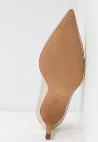 Pura Lopez - Zapatos altos - platin - 6