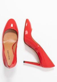 Pura Lopez - Sandaler med høye hæler - vernice red - 3