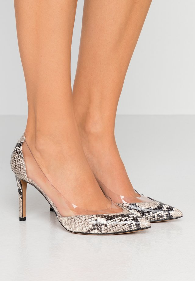Zapatos altos - roccia