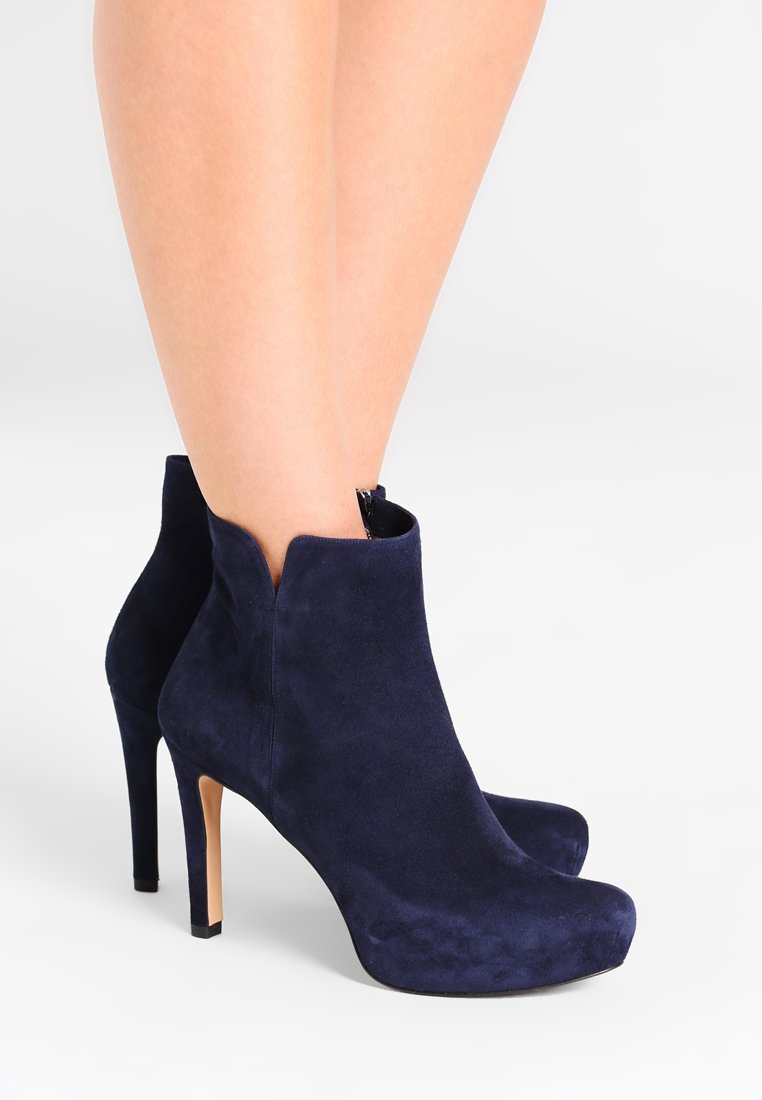Pura Lopez - High heeled ankle boots - navy