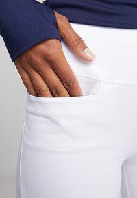 Puma Golf - PWRSHAPE PULL ON PANT - Outdoorbroeken - bright white - 3