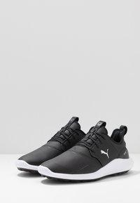 Puma Golf - IGNITE NXT PRO - Chaussures de golf - black/team gold/white - 2
