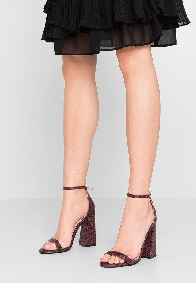TESS - Højhælede sandaletter / Højhælede sandaler - burgundy