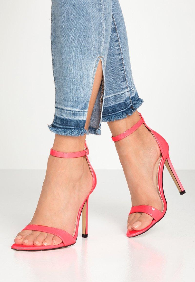 Public Desire - ACE - Højhælede sandaletter / Højhælede sandaler - neon pink