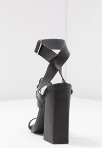 Public Desire - KNOCKOUT - Sandály na vysokém podpatku - black - 5
