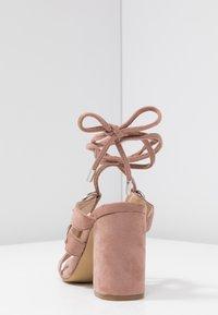Public Desire - HOOKED - Sandály na vysokém podpatku - blush nude - 5