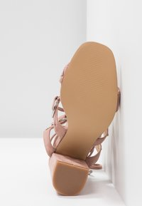 Public Desire - HOOKED - Sandály na vysokém podpatku - blush nude - 6