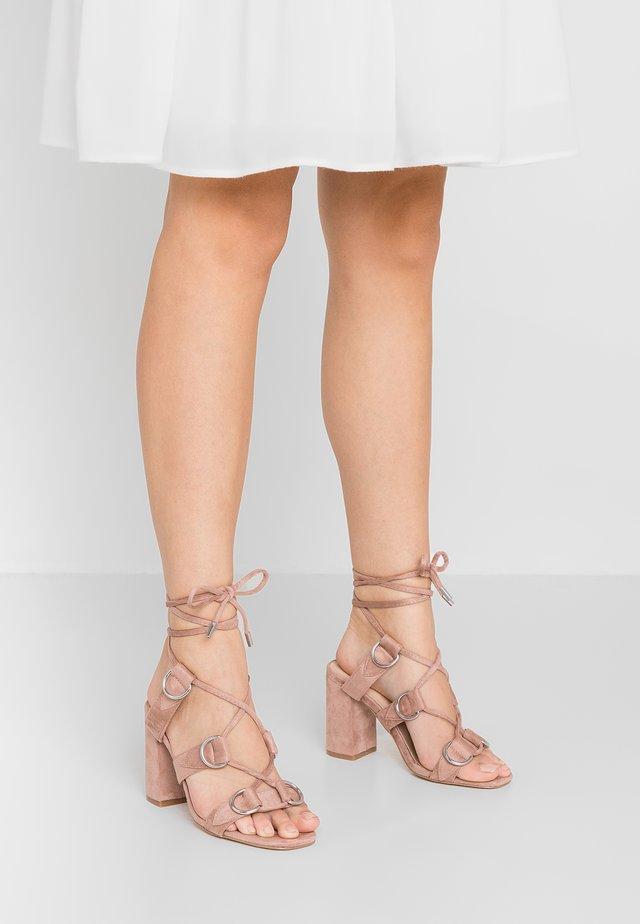 HOOKED - Sandály na vysokém podpatku - blush nude