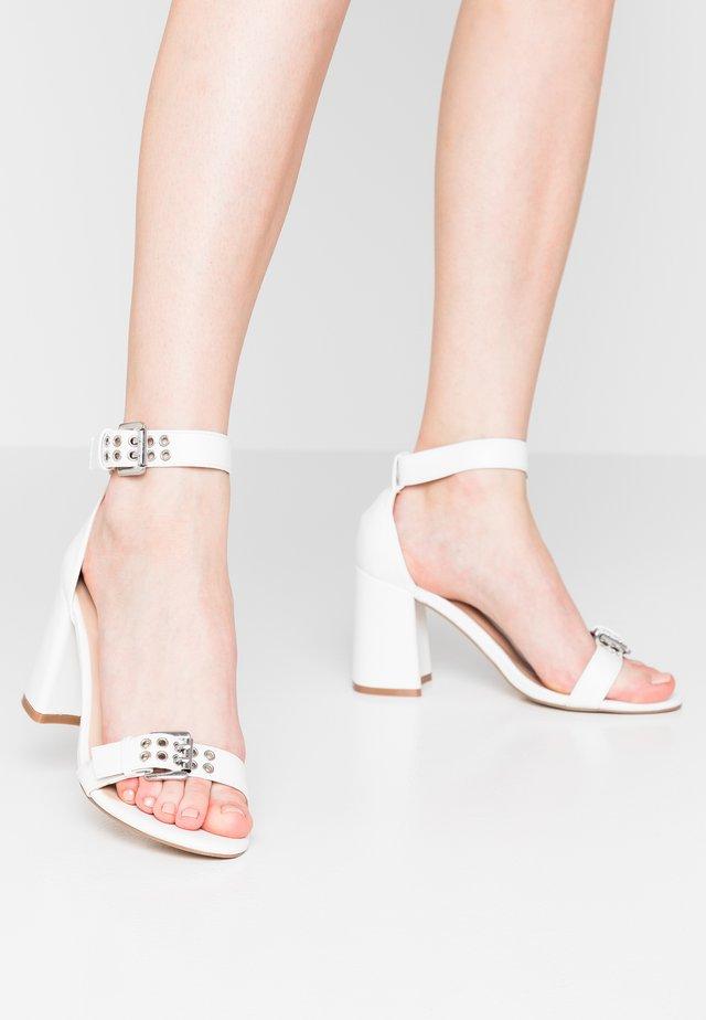 THUNDER - High heeled sandals - white