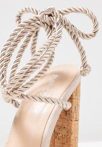 Public Desire - SUMMER - Sandales à talons hauts - nude - 2