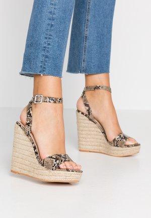 SYDNEY - Sandály na vysokém podpatku - natural