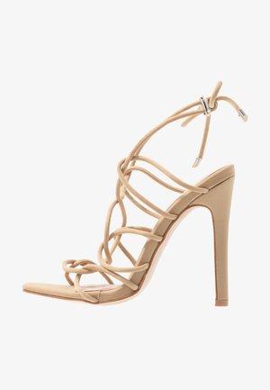 SAVY - Sandály na vysokém podpatku - nude