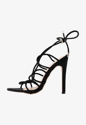 SAVY - Korolliset sandaalit - black