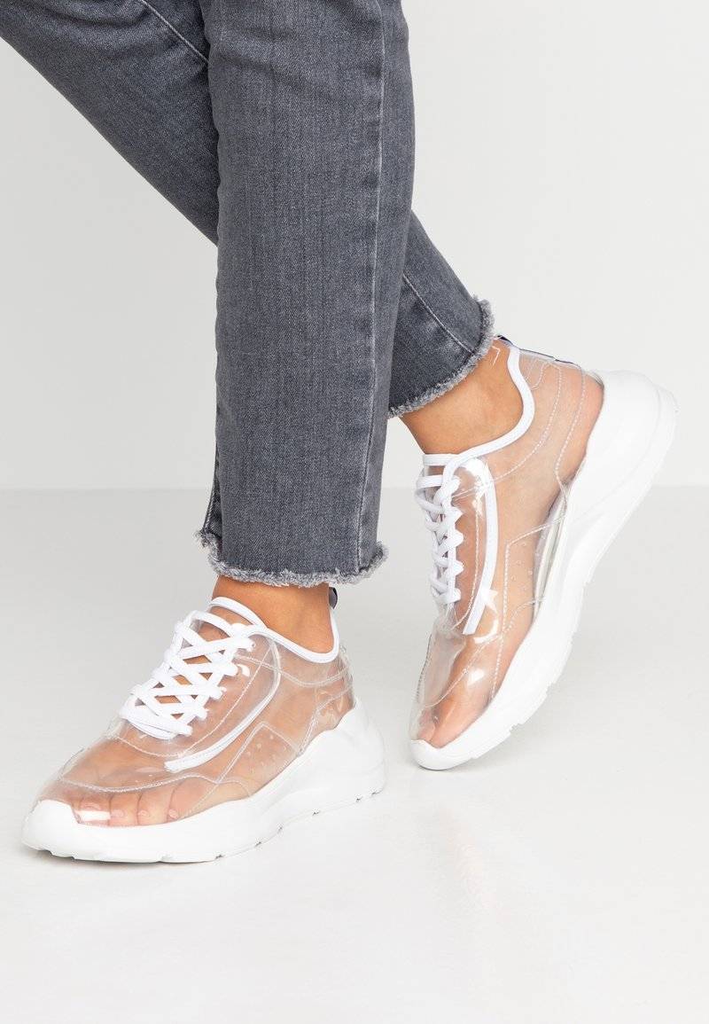Public Desire - FRENZY - Sneaker low - clear white