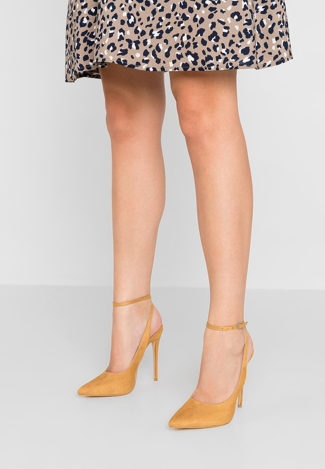 JAYDE - High Heel Pumps - mustard