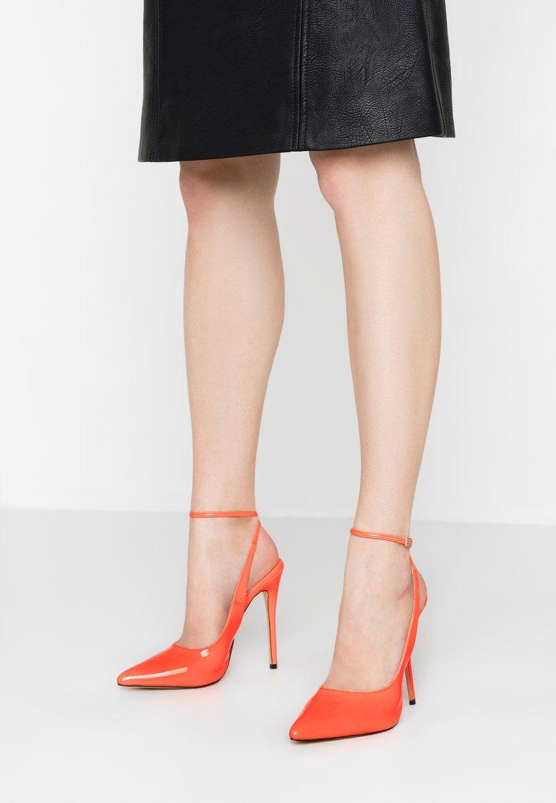Public Desire - JAYDE - High heels - orange