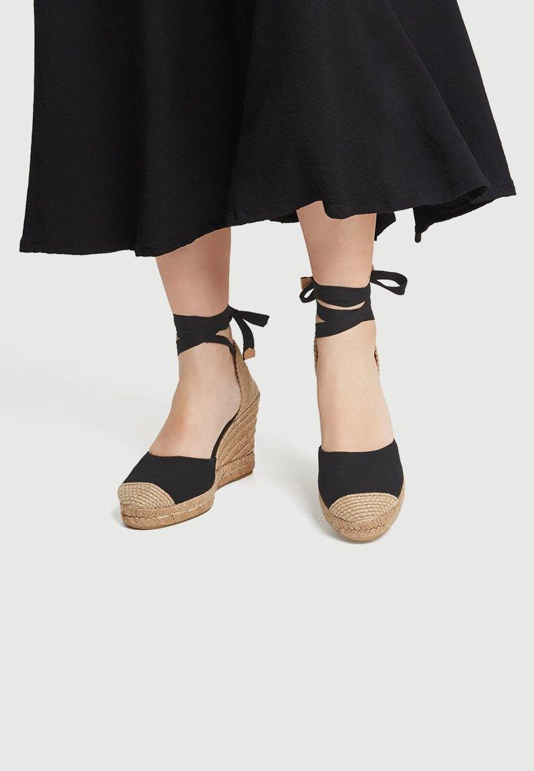 PULL&BEAR - Sandalen met hoge hak - black