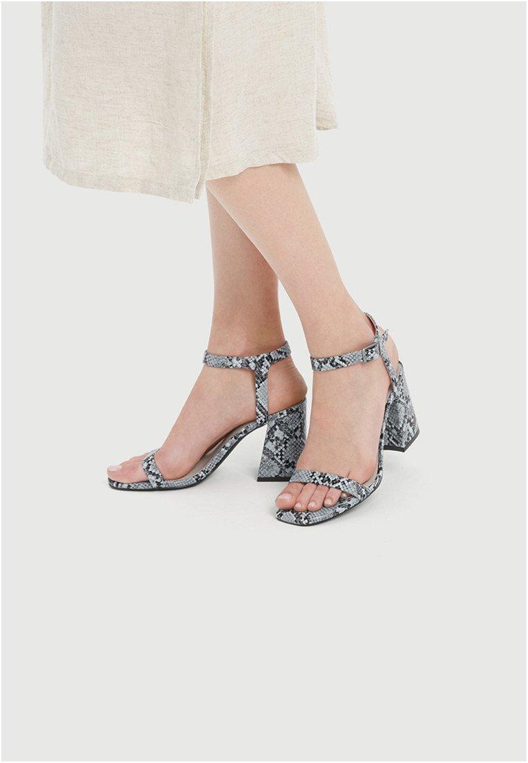 PULL&BEAR - Højhælede sandaletter / Højhælede sandaler - blue