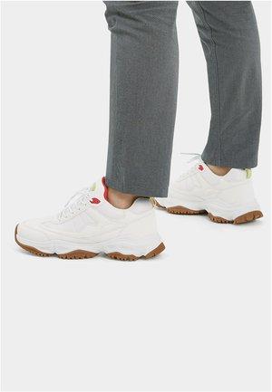XDYE CAT - Sneakers laag - white