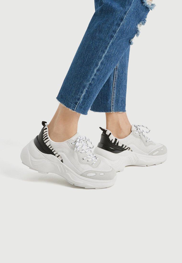 PULL&BEAR - Sneakers - white