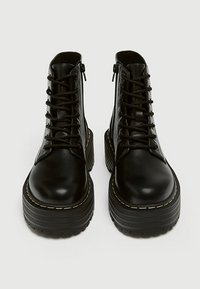 PULL&BEAR - Bottines à lacets - black - 3