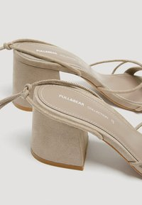 PULL&BEAR - Sandals - brown - 3
