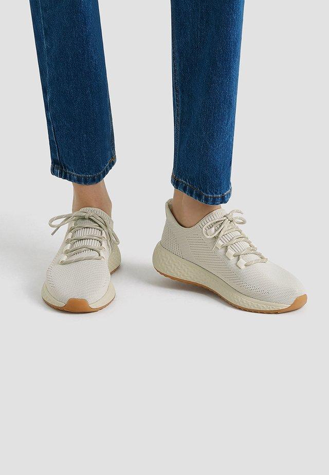 ELASTISCHE - Sneakers laag - beige